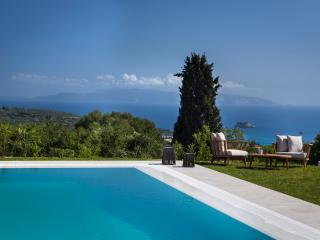 Kefalonia - Gv- Blue Villa with stunning seaviews & pool, Cephalonia