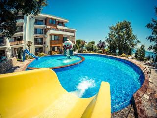Visit Sunny Beach Mesambria 3-bedroom aparts