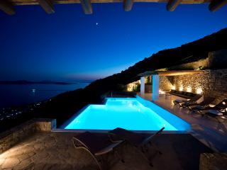 Greek Villas - Mykonos -   Villa  Ioli with pool - wonderful seaviews & 3 bedrooms in St. Johns area, Míkonos