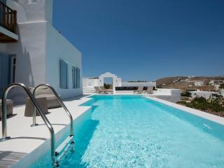 Mykonos - Gv -  Villa La Perla with pool and 3 bedrooms - St. Johns Beach area