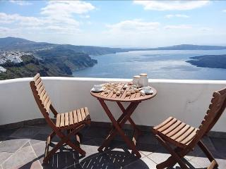 Santorini   -Gv -  Vista Caldera Private House with amazing views over the caldera at Imerovigli sle