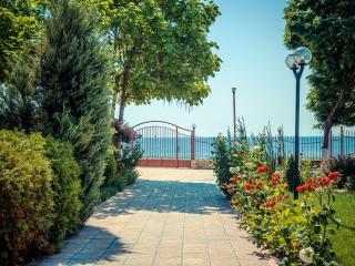 Visit Sunny Beach Riviera 1-bedroom aparts