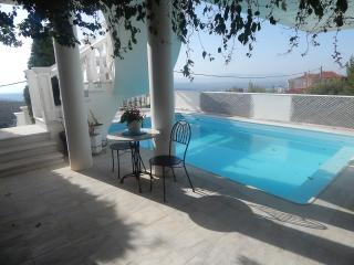 House with private pool in the outskirts of Athens, Pikermi