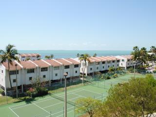 Futura Condo 402 - 28 NIGHT MINIMUM!!!!, Islamorada