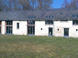 Stylish Barn Conversion, Mouliherne