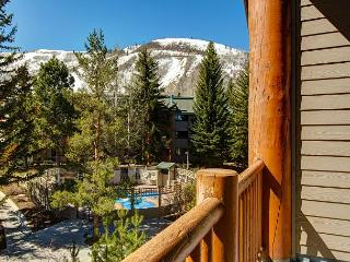 True Ski-In Ski-Out Condo in Snow Flower Resort – Near Downtown &#8211