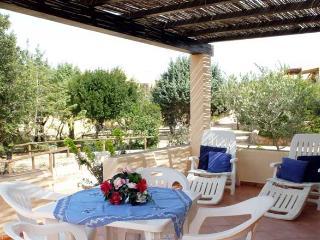 Bilocale a Rena Majore (Residence con piscina)