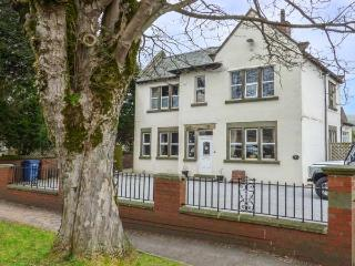 THE COOPERAGE stylish and well-equipped, ground floor accommodation, WiFi, walks
