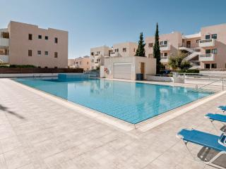 A Stunning Apartment with Superb Pool in Kato Paphos