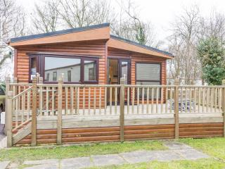 A  beautiful 7 berth Lodge at Carlton Meres Holiday Park. In Suffolk. REF 60027M