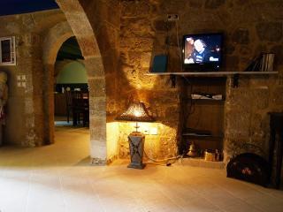 Chevalier's Inn villa in the medieval city Rhodes, Rhodes Town