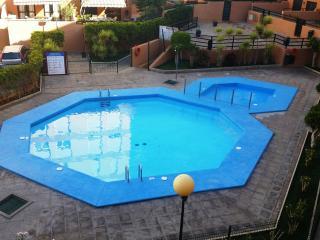El Medano, El Cabezo, 1 room,  pool and beach !