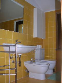 bagno 2° con doccia