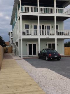 Private boardwalk alongside our Front Beach house gives direct, flat access to beach at #90!
