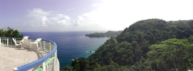 Breathtaking panoramic views from the great deck of Paradise Point Villa.