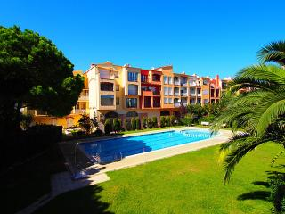 0054-GRAN RESERVA Apartamento con piscinas comunitarias