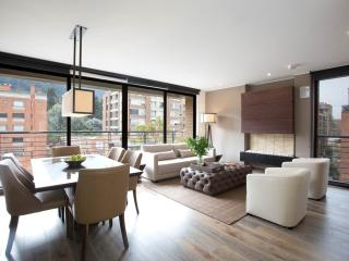 Majestic 2 Bedroom Apartment in the Heart of Parque 93, Bogotá