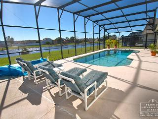 (BVL1026)  3 Bedroom Pool Home overlooking Lake