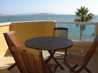 2nd floor family apartment, sea views, communal pool, next to beach