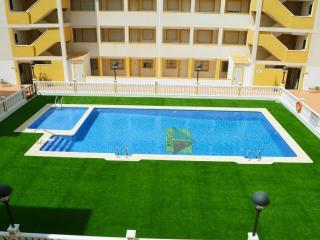 1st floor apartment for families, communal pool, balcony
