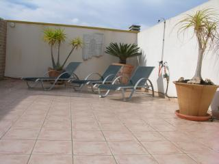 Sea view penthouse apartment, roof terrace, balcony, shared pool