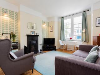 2 Bedroom Flat, Central London, - Haberdasher Street