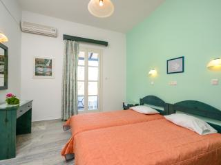 Marousa Rooms Double Room, Agia Anna