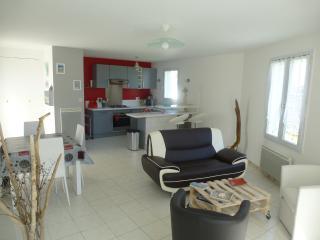 Ile de Ré maison 60m² tt confort rénovée 2ch 4p, Rivedoux-Plage