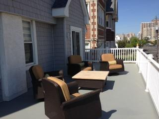Beautiful Shore Rental - 1 Block From Beach, Ventnor City
