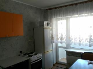 2 room furnished apartment 50m2, Khabarovsk