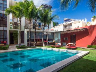 Luxury 2 Bedroom Apartment 5th Ave, Playa del Carmen