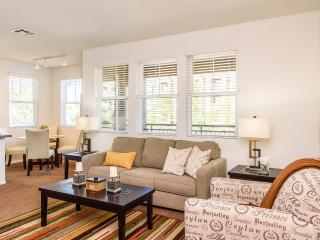 Clean and Comfortable 2b Apartment at Irvine #130