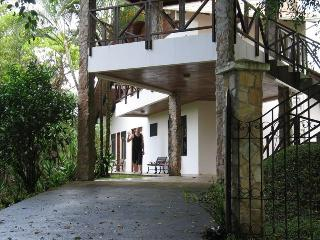 """Casa Cascada"" -Beautiful Property with Waterfalls, Nuevo Arenal"