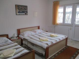 TH01672 Apartments Šustić / One bedroom A1, Kastel Stafilic