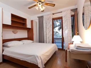 TH03447 Apartments Nevena / Double Room S5, Tucepi