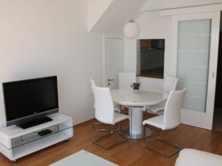 TH04241 Apartment Petra/ Three Bedroom, Crikvenica