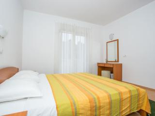 TH02863 Apartments Macolić / One Bedroom 1A, Rab Island