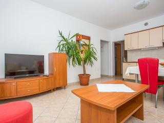 TH02863 Apartments Macolić / Two Bedrooms 2B, Rab Island