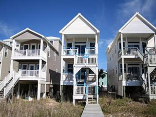 Boardwalk - Luxury Beachfront - w Fun Decorations, St George Island