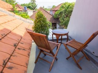 3BR house Near to the Nusa Dua beach. PROMO PRICE!
