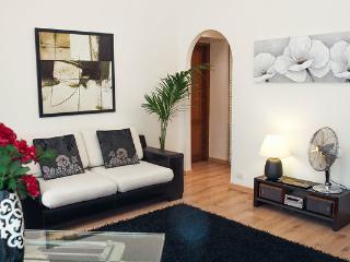 Deco, exclusive in classic building, Roma