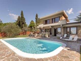 Luxury and Modern Villa - Florence
