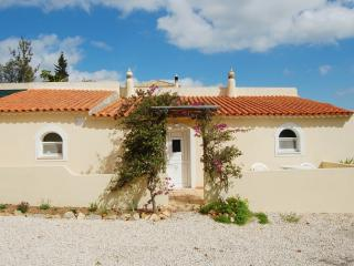 1 Bed Cottage With Communal Pool, Silves