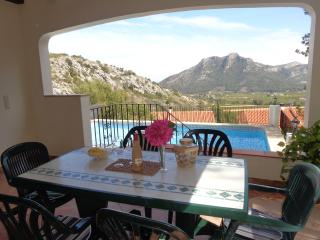 Stunning Hill Top Villa with Private Pool, Gandia
