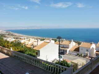 Sunny apartment with swimming pool, Gran Alacant