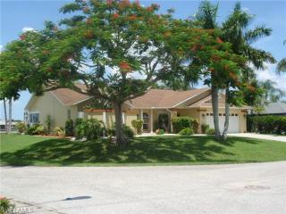 Sunset Lake Villa, Cape Coral