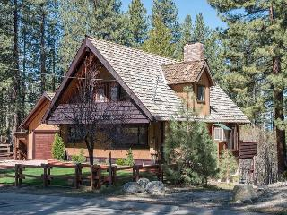 Spectacular Heavenly Valley Cabin Minutes from skiing and downtown Casinos