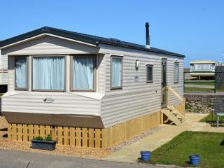 North Denes Caravan Park - Seafront Dog Friendly, Lowestoft