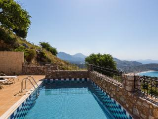 Villa Eleanna, view to Libyan sea!, Rethymnon