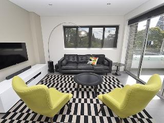 CREMORNE FULLY SELF CONTAINED MODERN 2 BED APARTMENT (1WIN)